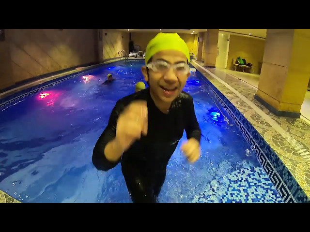 Swimming helps build a child's confidence / Hammad Safi / Little Professor
