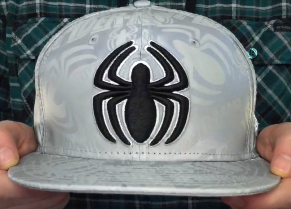 Spiderman  COMIC REFLECT  Fitted Hat by New Era - YouTube 09dfad045ae