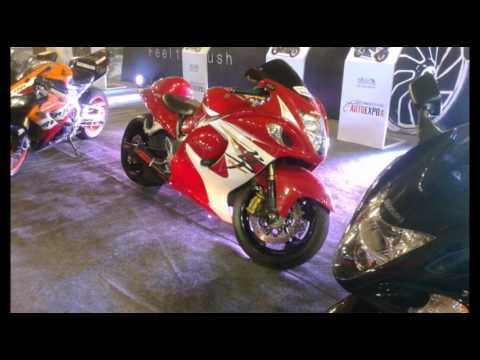 Auto Expo... hindu Auto Expo 2016 Bengaluru..Vintage cars Sport bikes,Vintage Cars ,Sports cars Spot