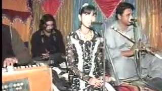 beautiful face and voice FAREEHA ghar aaya mera pardasi Song