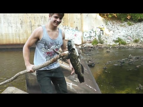 [GRAPHIC] Making A Spear And Hunting Catfish! Cleaning And Cooking!