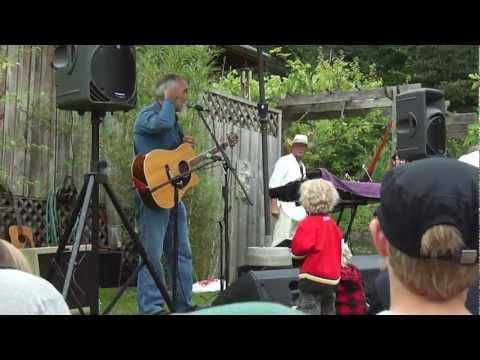 Raffi - Baby Beluga - Lavender Festival (Salt Spring Island) - July 15, 2012