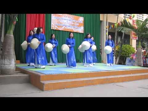 Bài ca người giáo viên nhân dân - Giáo viên tiểu học Hồ Tùng Mậu
