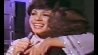 Shirley Bassey - Dance In The Old Fashion Way - C Aznavour-Yesterday When I Was Young (1976 Show #3)