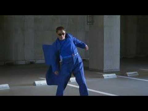 Glory to the Film Maker - Matrix fight scene