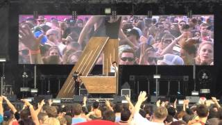A-Trak Playing Peking Duk The Way You Are @ Future Music Festival Melbourne 2013