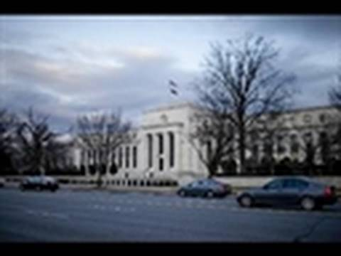 Fed Raises Discount Rate in Retreat From Crisis Me...