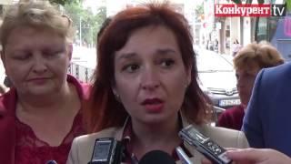 Социалният министър Зорница Русинова във Враца