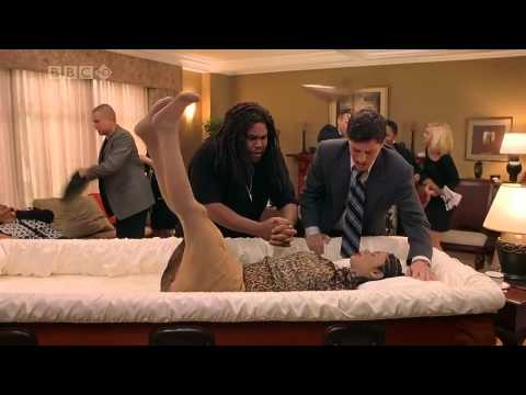 Scary Movie 3 funny scene in Hindi HD