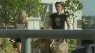 Szkoła złamanych serc - walka z brutalnym światem dorosłości Ryana i Sary