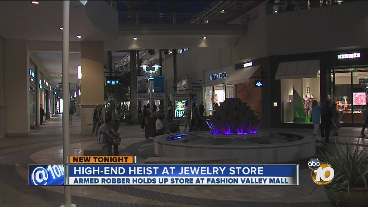 Police armed man robs jewelry store at fashion valley for Fashion valley jewelry stores