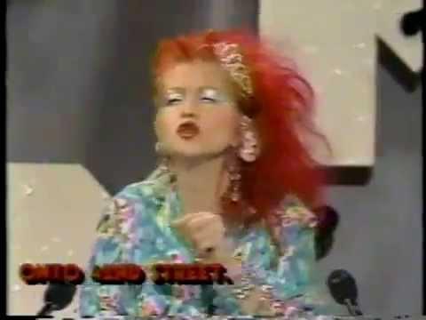 Cyndi Lauper - funny speech at MTV VMA (1984)
