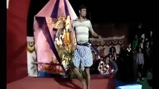 Kale hua to kya hua par dilwale hai  comedy dance