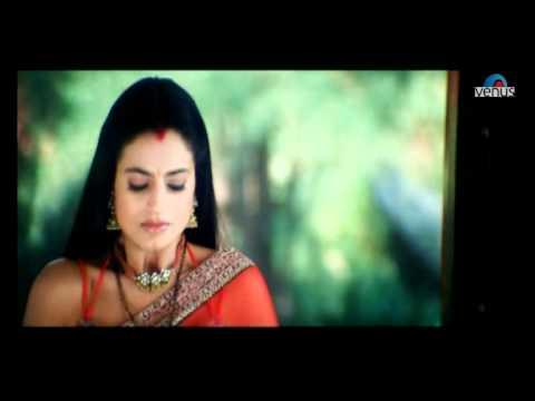 Amisha Patel shocks Akshaye   (Humraaz)