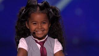 """Urocza 5-latka pięknie zaśpiewała piosenkę z """"Krainy Lodu"""" w amerykańskim Mam Talent"""