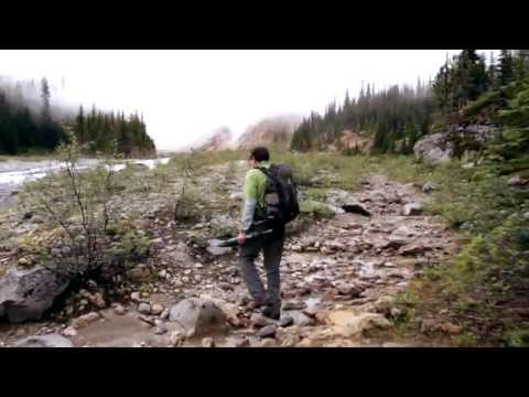 Mistaya Lodge hiking