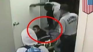 Школьный охранник в Окленде избил инвалида-старшеклассника: новые кадры камеры наблюдения