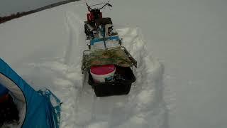Один на реке морозы мотоблок и машина не заводятся Налим мелкий отпускаю