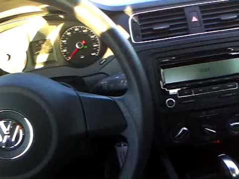 2011 Volkswagen Jetta Review, Start Up & Rev, Interior Overview