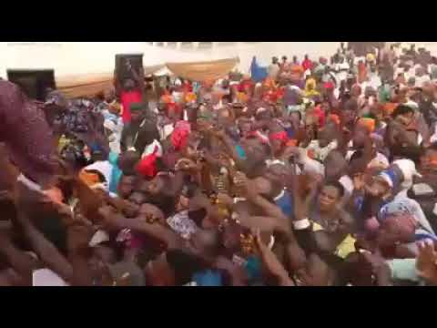Ogun Governorship Aspirant received in Ilaro by thousands