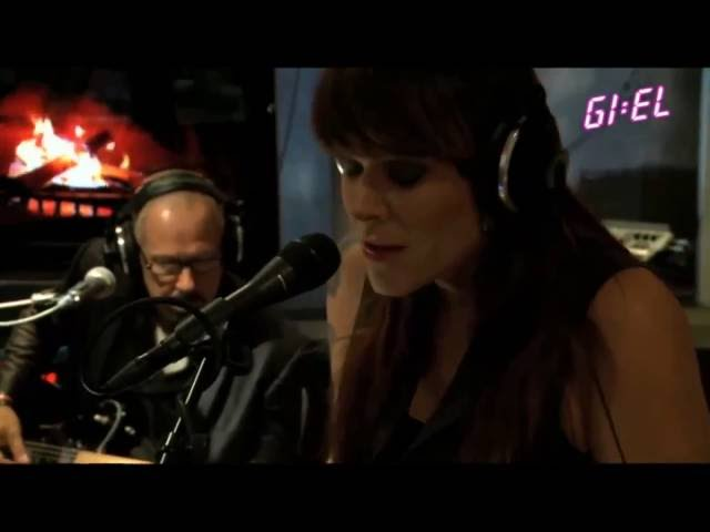 Beth Hart - Baddest Blues (Live Acoustic)