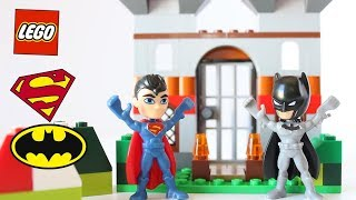 How To Build A Lego Castle with Batman and Superman –  Lego Classic 10698