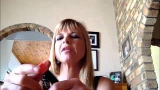 Avon Ultra Colour lip crayon review Thumbnail