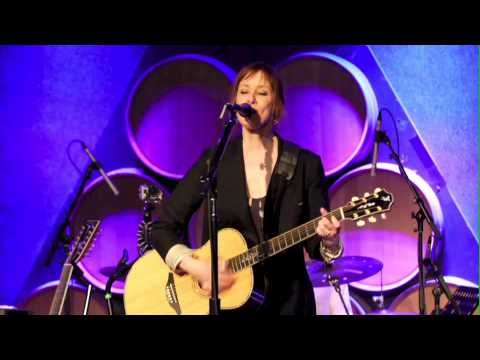 "Suzanne Vega ""Fool's Complaint"" Live from City Winery"