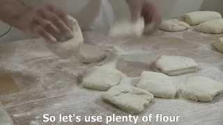 2/6 Kaiser rolls hand marking. Professional bread. Joaquín Llarás (True Bread)