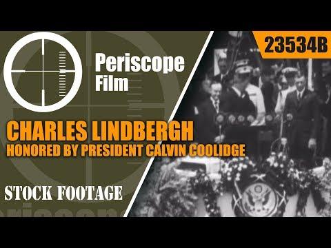 CHARLES LINDBERGH HONORED BY PRESIDENT CALVIN COOLIDGE  23534b