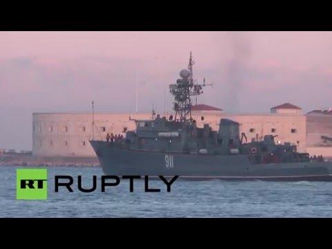 Russia: Black Sea Fleet & Caspian Flotilla ships take part in snap drills