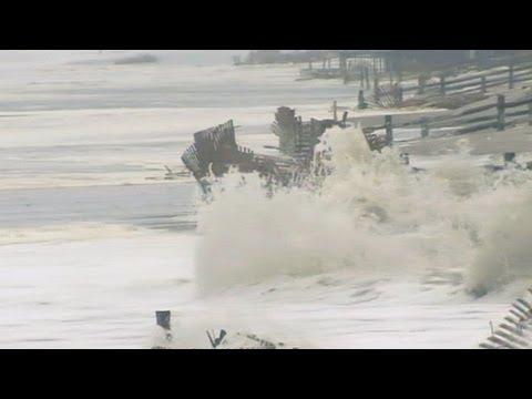 Hurricane Sandy: Super Storm Slams East Coast States
