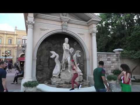 Disney's EPCOT - ITALY Pavilion - Full Tour! 🎫