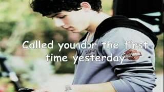 Lovebug - Jonas Brothers (Acoustic Guitar Instrumental w/ lyrics)