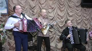 Рашид Зиников и Геннадий Аксенов! Гармонь - это душа народа. Это наше родное, близкое!