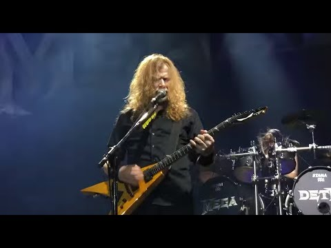 """MEGADETH performed """"Dread And The Fugitive Mind"""" live 1st time in over 10 years"""