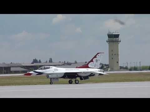 Thunderbirds: Fairchild AFB - SkyFest 2014 - Spokane