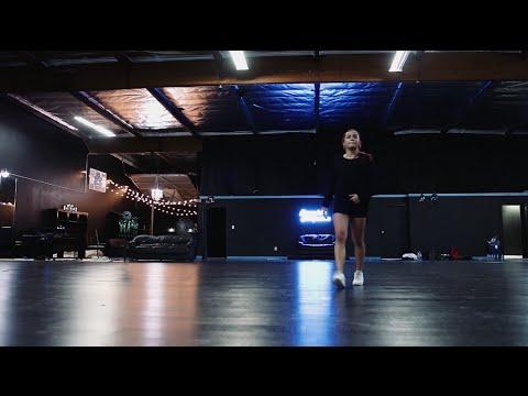 Ysabelle Capitule | Slum Anthem | Snowglobe Perspective