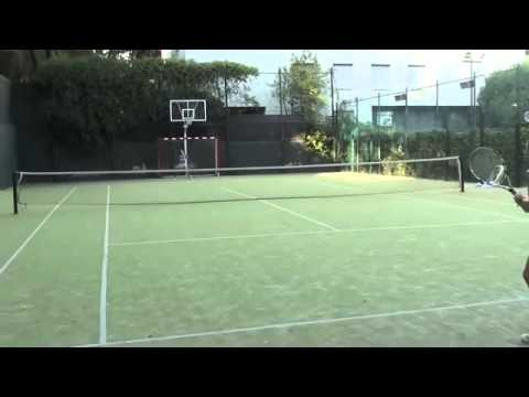 Hot Girl chơi tennis