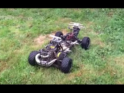 RB's RC's: Hpi Baja 5t 23cc tearing up the lawn