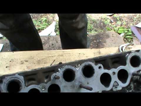 видео: Как заменить форсунки инжектора ВАЗ 2107. Сделай Сам!