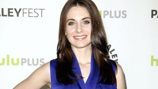 Alison Brie and Dave Franco are Engaged! Community Star & Neighbors Actor Set to Wed