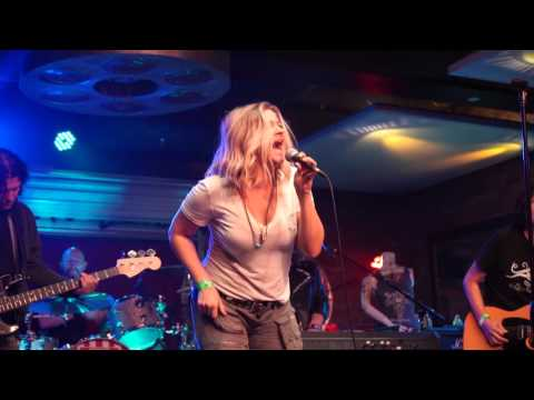 LOVE HURTS, Nazareth - Kara Britz At ULTIMATE JAM NIGHT At Lucky Strike Live