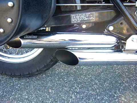 Honda Rebel 250 with Loud Jardine Slash Cut Exhaust Pipes - Idling and Giving Her the Goose ...