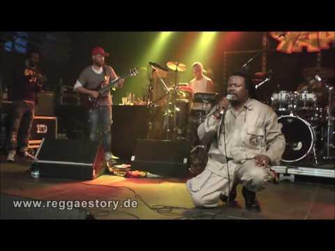 Luciano - 7/8 - It´s Me Again Jah - 17.11.2016 - YAAM Berlin
