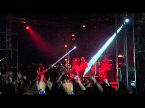 Andrew W.K. - Party Hard (Live) @ Download Festival 2015, 14-06-2015