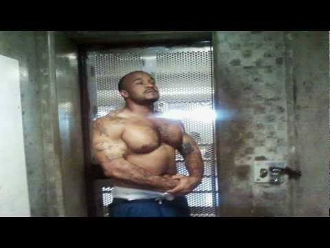 Prison & Jail Workout Routines, No Steroids, Creatine & Low