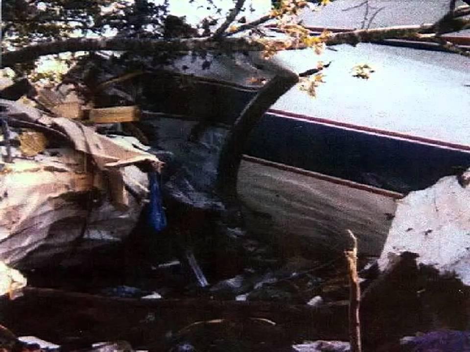 Lynyrd Skynyrd Plane Crash Radio Report 2 YouTube