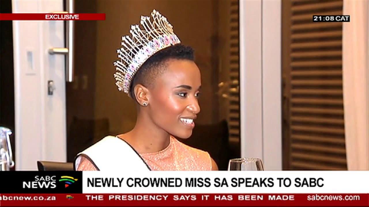 Minister Stella Ndabeni Abrahams welcomes Miss SA 2019