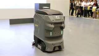 業務用ロボット床洗浄機「KIRA B 50」の実働風景